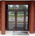 Drzwi otwierane (ręcznie lub automatycznie)